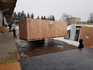 przesyłka z nową drukarką uv led